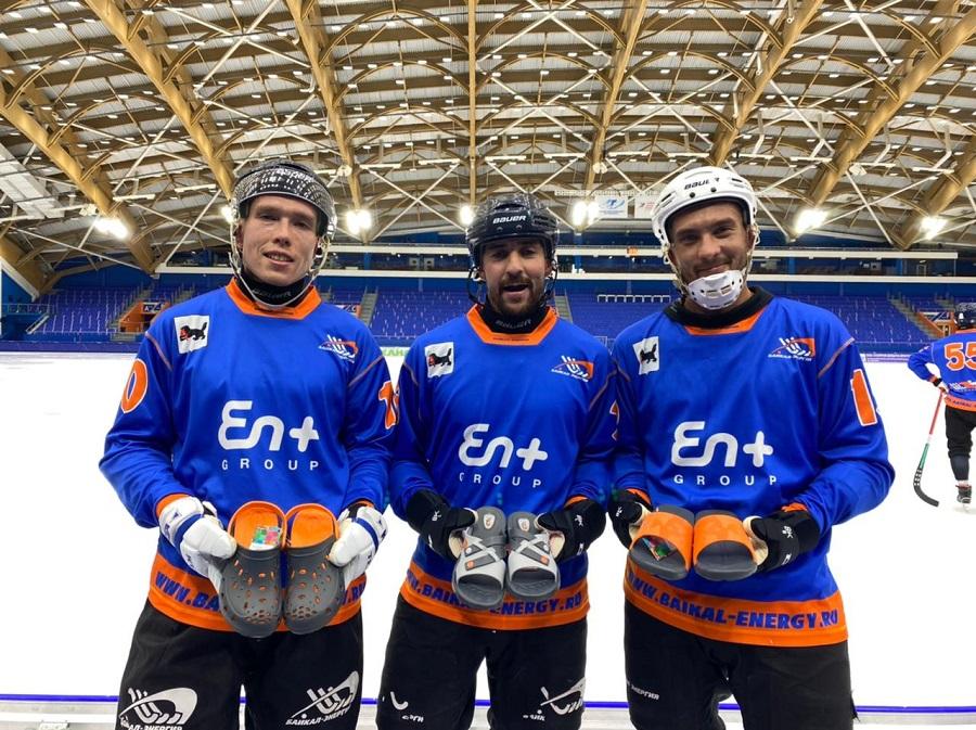Obuv Rossii producirá calzado con el logo del club de hockey Baikal-Energia