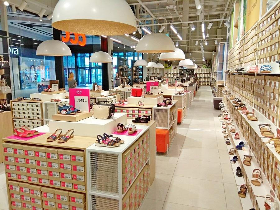 5decd7ac7 В Санкт-Петербурге откроется магазин польской обувной сети ССС