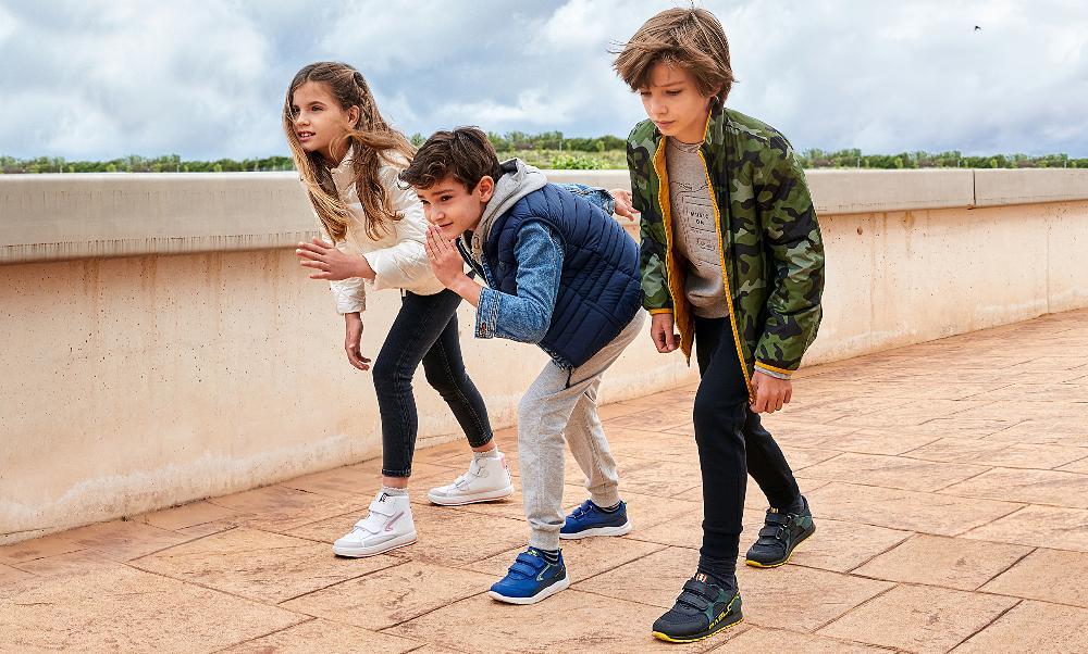 Mercato delle calzature per bambini: sviluppo fiducioso e consumo consapevole