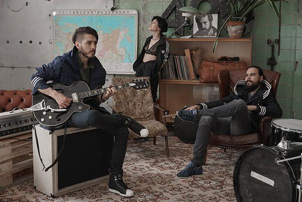Adidas Originals will present a collaboration with the Russian brand GJO.E