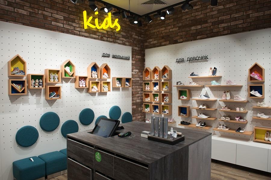 df314eaa7 Итальянский бренд обуви и одежды для женщин, мужчин и детей Geox в первом  полугодии запланировал открытие еще трех магазинов формата Geox Kids в  России. ...