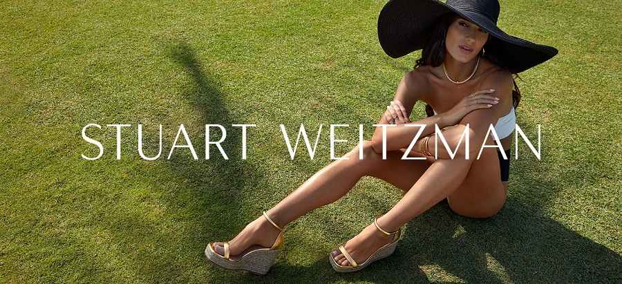 Stuart Weitzman supported the launch of the espadrilles capsule with an advertising campaign