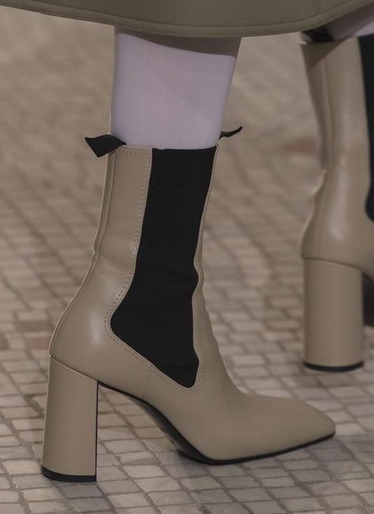 Construction: Chelsea Heel: Stable