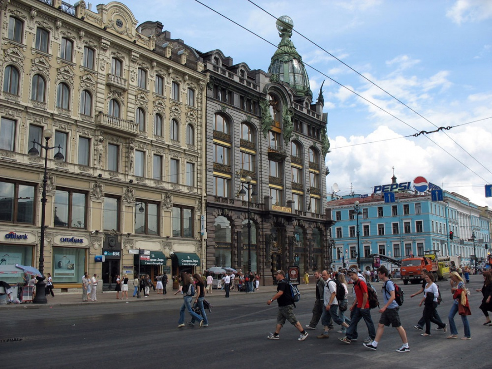 Rent at a street retail in St. Petersburg - no more discounts