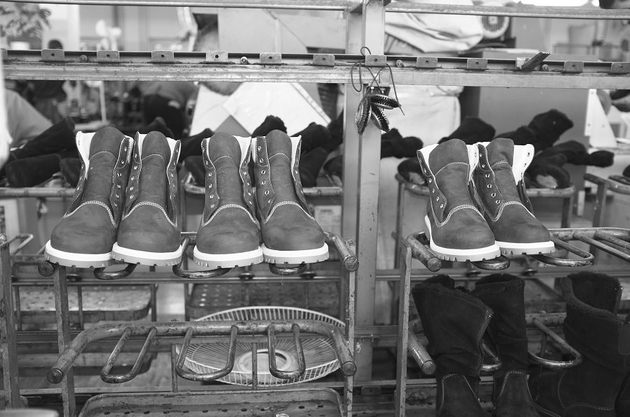 Shoes on the conveyor of the Moscow factory Ralf Ringer