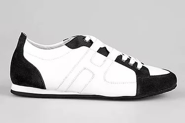 Hermes got the copyright for the Lions sneakers model