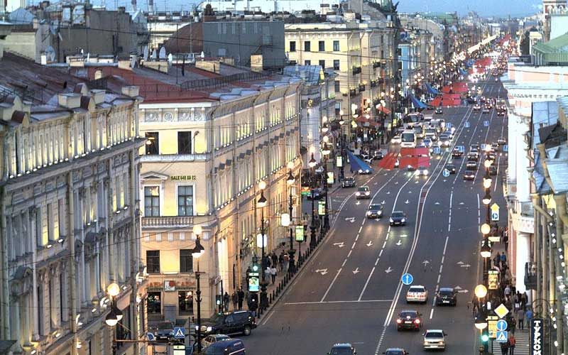 On Nevsky Prospekt reduce rental rates