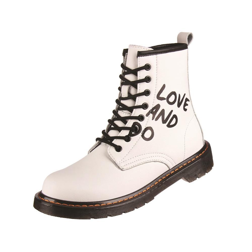¿Por qué amamos los zapatos gruesos y qué nos ofrece la nueva temporada?