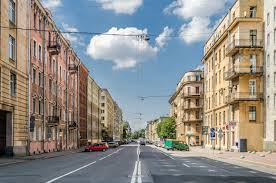 In St. Petersburg, rental rates in the street retail segment fell