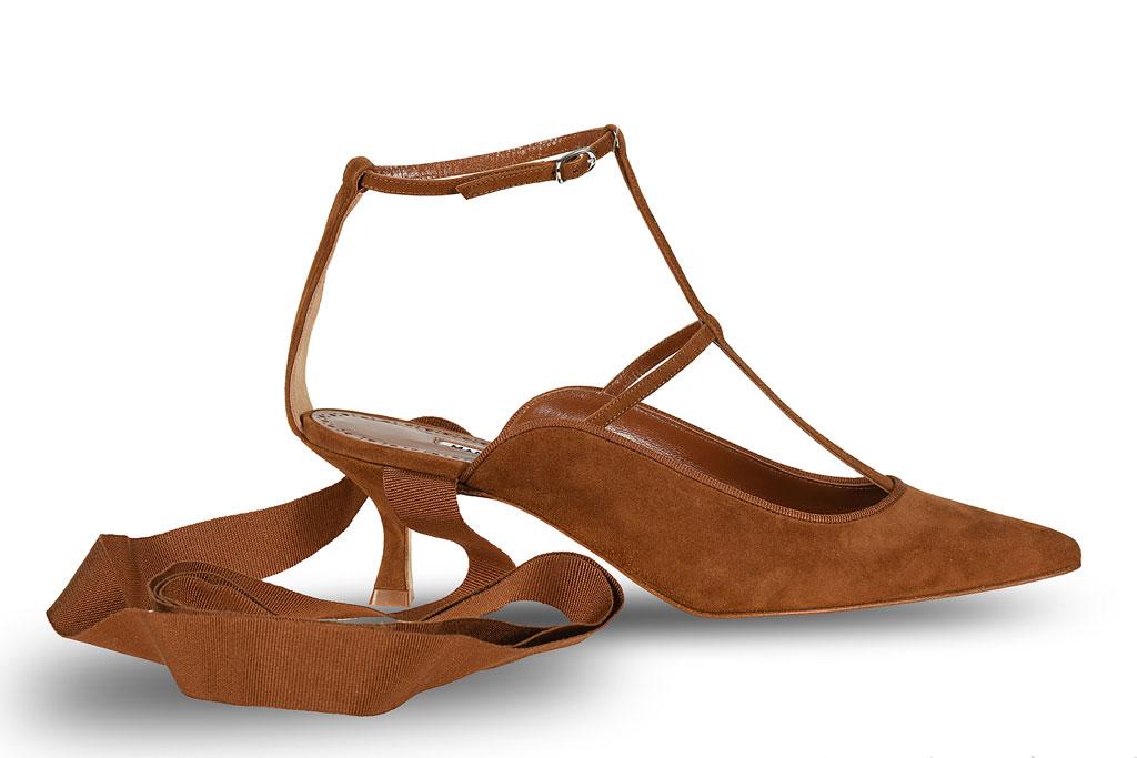 Sandals Khaite Teetala Photo: Footwearnews.com