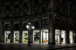 Carlo Pazolini Laden in Mailand eröffnet