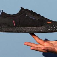 Sneaker con suola a sfera riciclata da vacanza ora disponibile