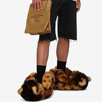 Vetements ofreció ponerse los pies de Teddy Bears por $ 2000