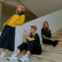 Lacoste has released a photo shoot with Julianna Karaulova, Lera Dergileva and Sasha Novikova