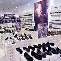 CCC Group ha dotato i suoi negozi in Europa di chioschi elettronici
