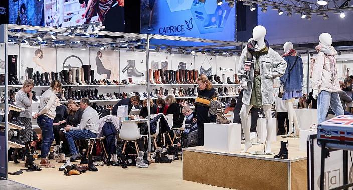 La più grande fiera internazionale di calzature, borse e accessori della prima collezione EURO SHOES si svolgerà dal 24 al 27 agosto nella sala eventi della capitale MAIN STAGE