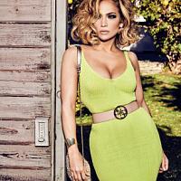Jennifer Lopez wurde erneut zum Gesicht der neuen Kollektion Guess