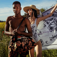 Salvatore Ferragamo launches a campaign in support of the Tuscan Wildflowers collection