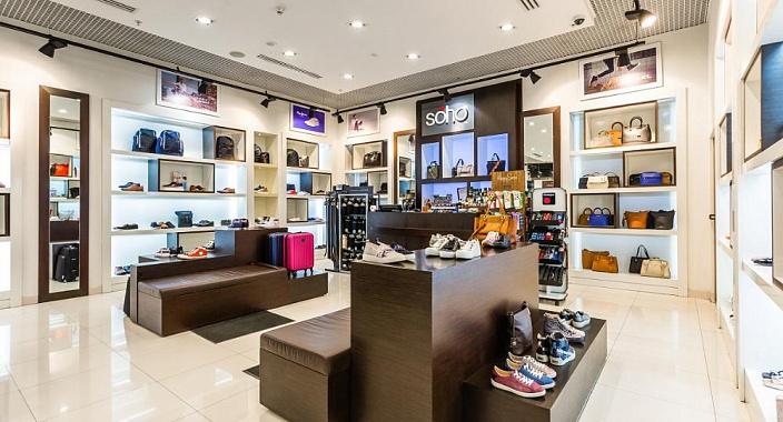 Trasformazione del visual merchandising di scarpe e accessori influenzati dalla pandemia