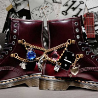 Dr. Martens and Marc Jacobs presented a new design for the anniversary model of the martens