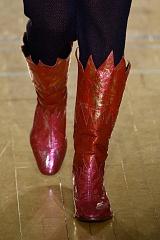 f566fb46 Огненная обувь на показе Вивьен Вествуд