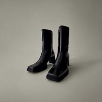 """Vagabond Shoemakers presenta un nuovo modello di stivaletti """"architettonici"""""""