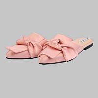 e69e0237a Обувной бренд «Разгуляев Благонравова» выпустил коллаборацию с одежным  брендом To Be Woman