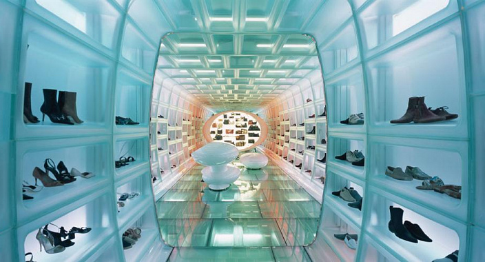 How to go from beautiful words about new technologies to the difficult task of mastering them? Life hacks for the introduction of new services for customers of a shoe store