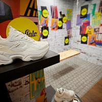 Die Buffalo-Kollektion Frühjahr-Sommer 2022 wird auf der Euro Shoes in Moskau präsentiert