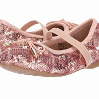 """Sam Edelman ha lanzado una colección de zapatos para niños de la serie """"Me and Mom"""""""