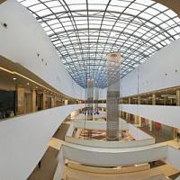 Die Besucherzahlen der Einkaufszentren in der Hauptstadt gingen im Juni 2021 um 30% zurück
