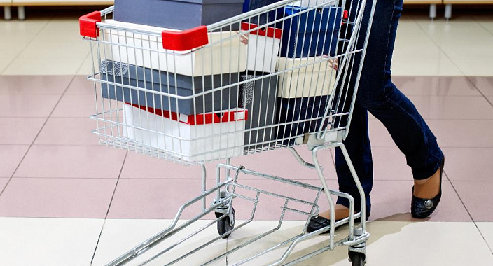 How to optimize the three main cost items: the purchase of goods, rent of retail space and pay for staff?