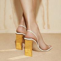 Im Segment der Luxusschuhe ist eine neue vielversprechende Marke aufgetaucht - Arielle Baron